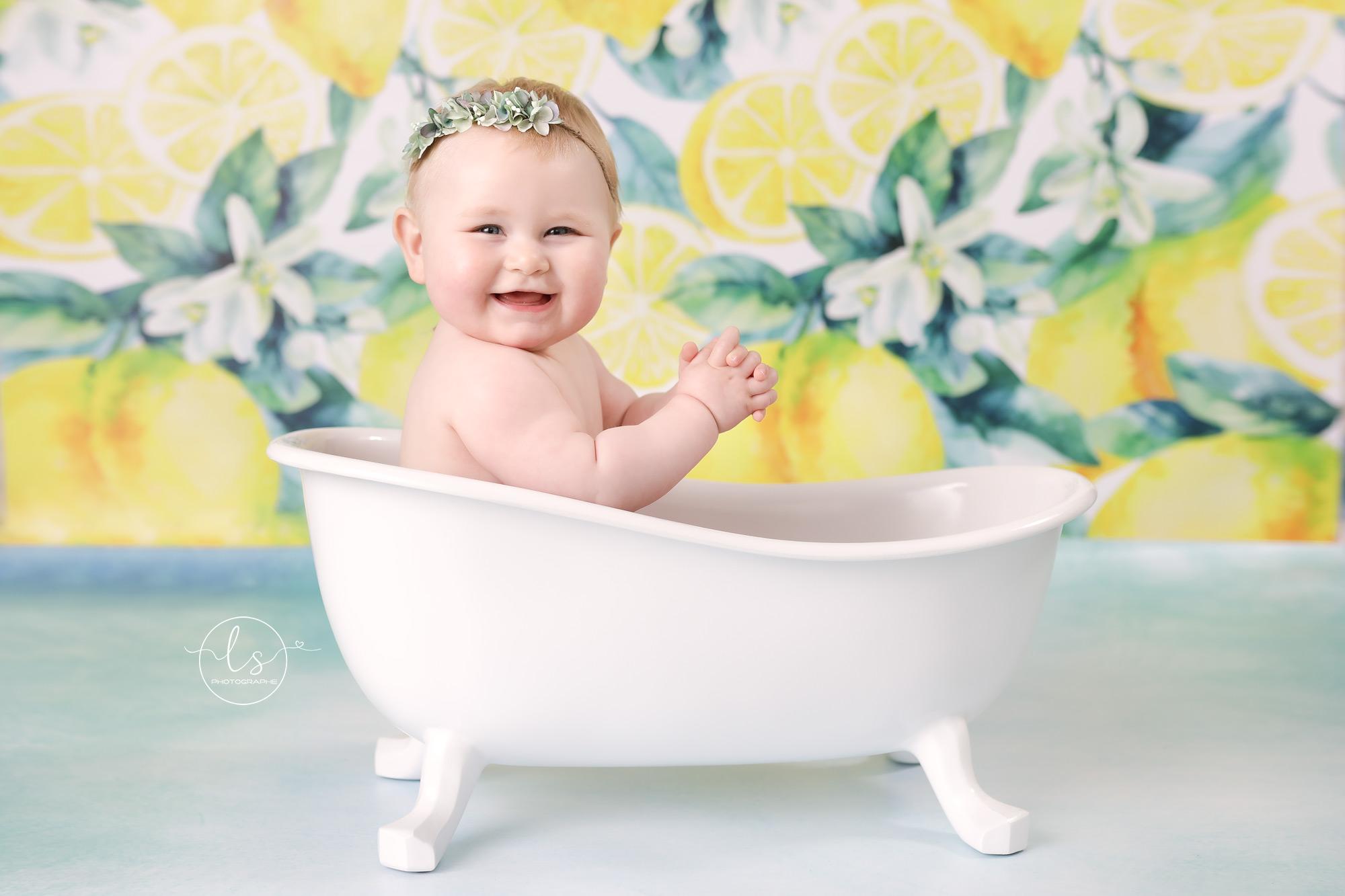 photographe bébé Belgique baignoire anniversaire