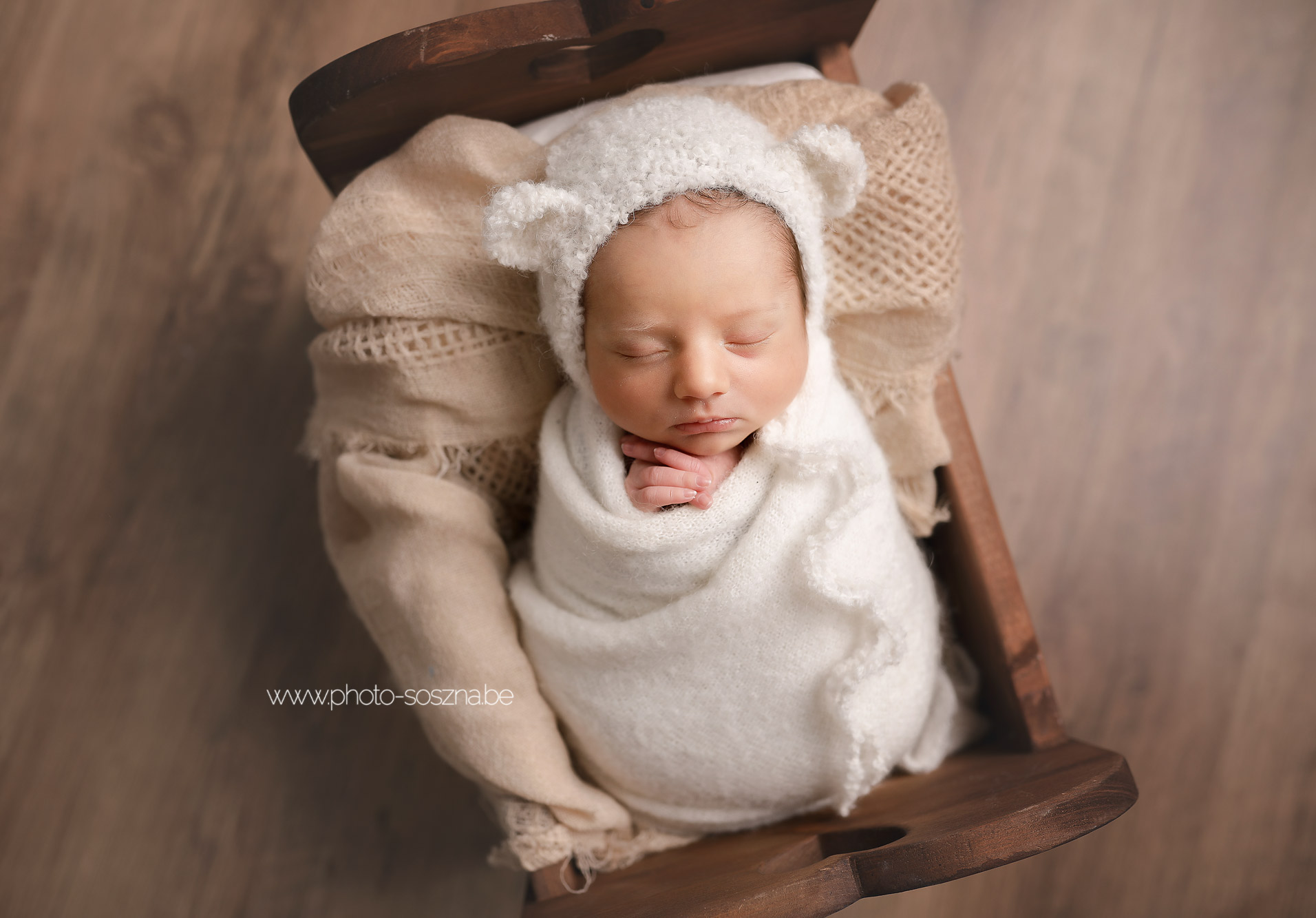 photo studio nouveau-né naissance Belgique