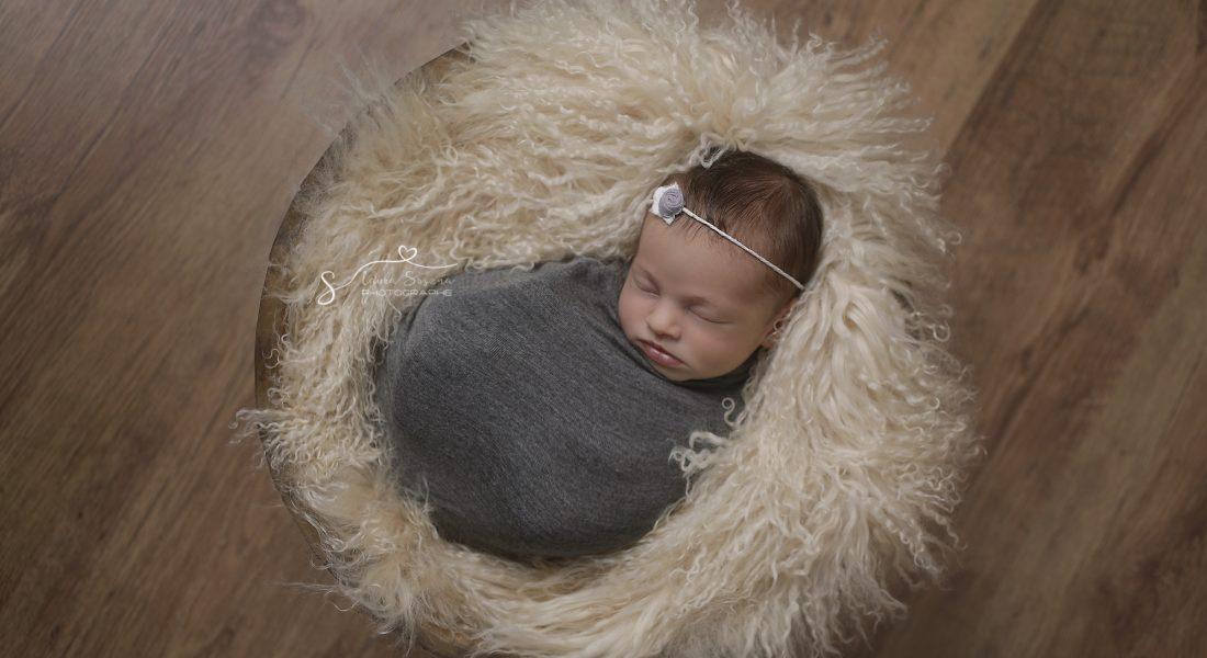 Pourquoi choisir un photographe spécialisé dans le nouveau-né?
