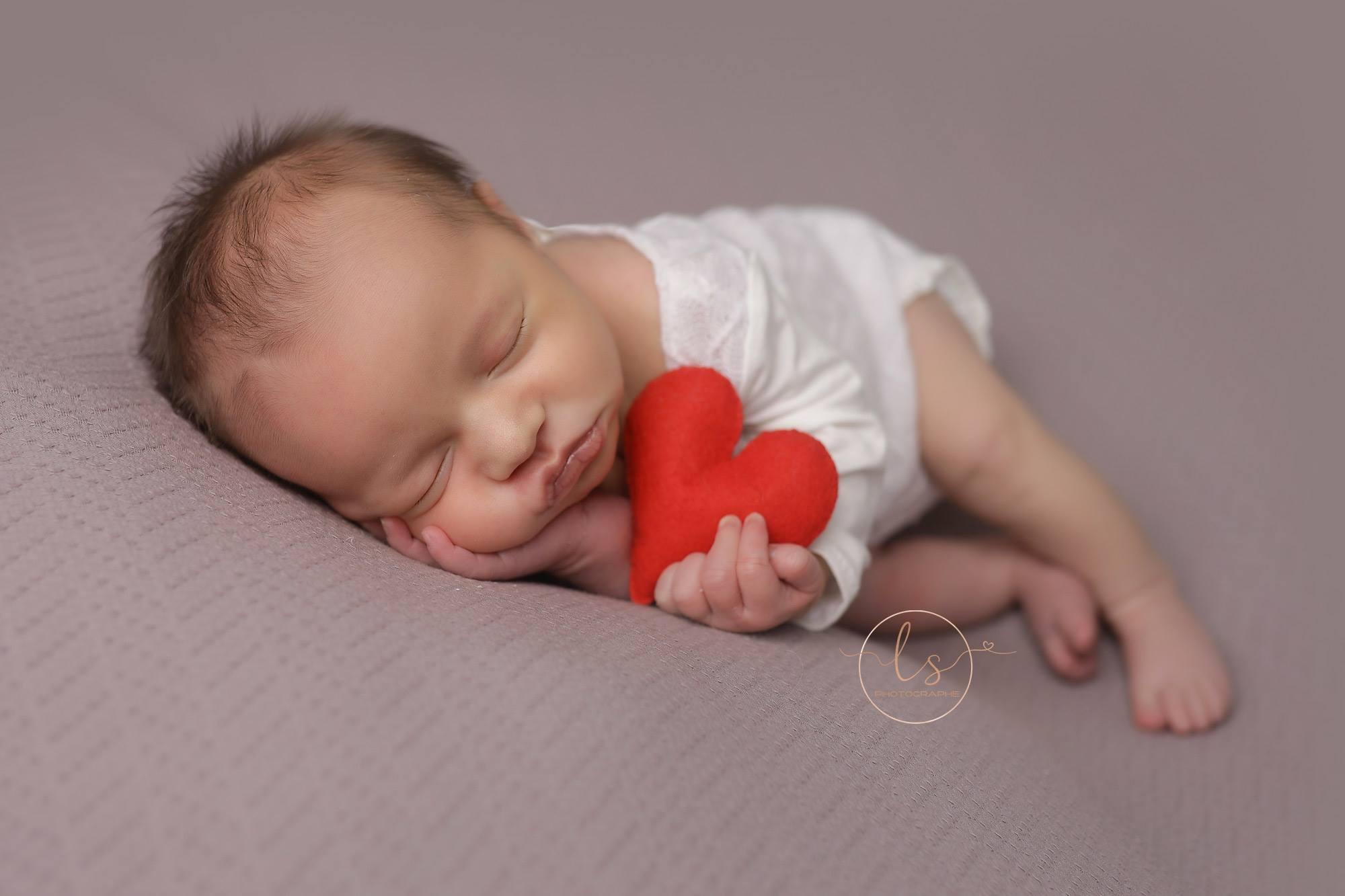 bébé naissance Belgique photo