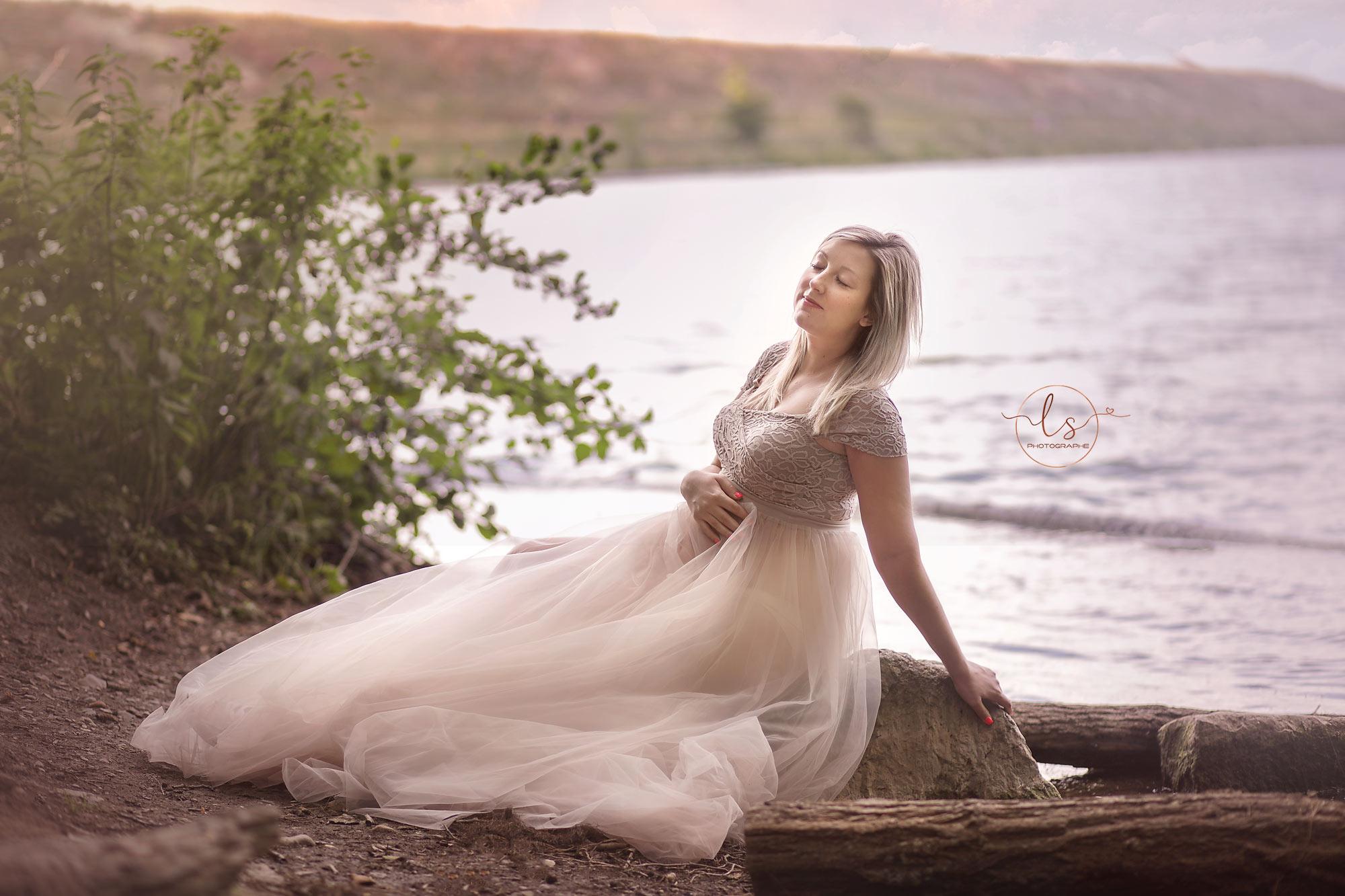 photographe grossesse robe extérieur